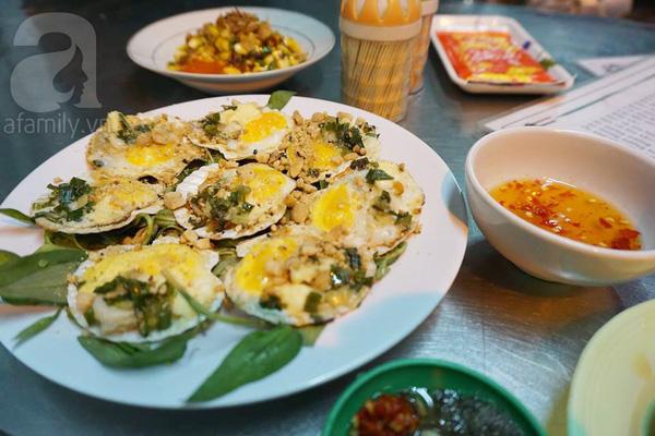 4 con hẻm ẩm thực cứ mỗi bước là có một món ăn ngon tại Sài Gòn - Ảnh 12.
