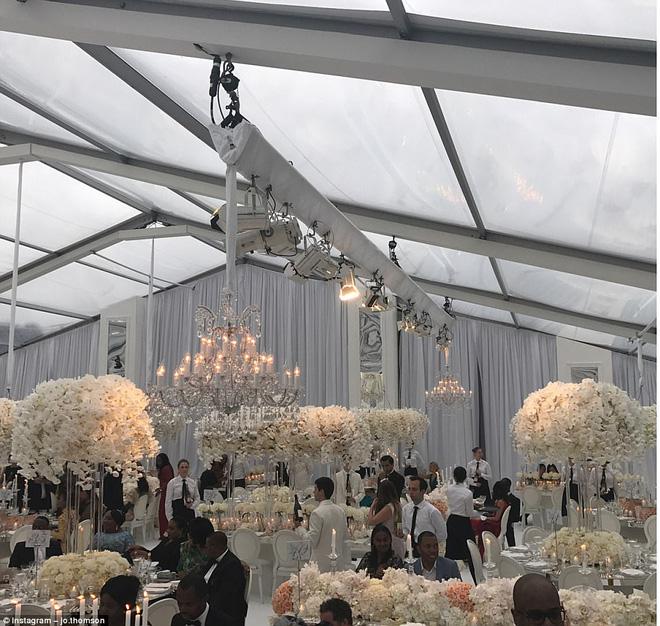 Đám cưới sang chảnh với 1 triệu bông hồng của con trai tỷ phú da màu giàu nhất thế giới - Ảnh 4.