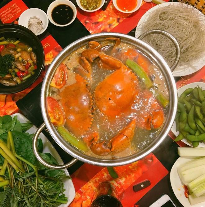 """Lẩu cua Khôi đóng cửa, """"dân ghiền"""" có thể thử 4 quán lẩu cua ngon không kém  ở Hà Nội - Sài Gòn"""