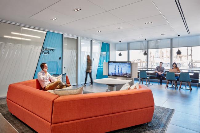 Thứ Hai chẳng nặng nề với văn phòng làm việc đẹp như mơ của công ty mỹ phẩm lớn nhất thế giới - Ảnh 6.