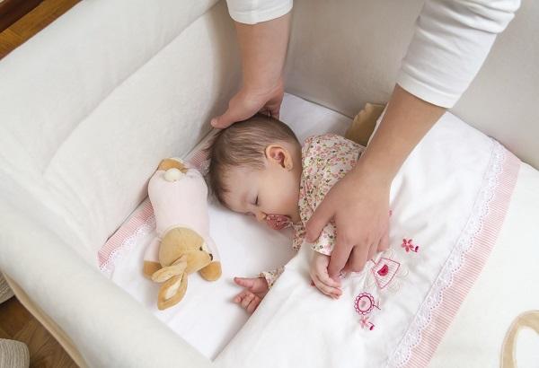 Rút lui dần - Phương pháp luyện ngủ cho bé hết sức nhẹ nhàng mẹ đã biết chưa? - Ảnh 1.