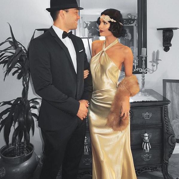 Phát ghen với siêu mẫu bốc lửa có anh chồng đẹp trai mỗi dịp kỷ niệm lại tặng vợ nhẫn kim cương to hơn - Ảnh 4.