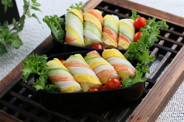 2 cách làm sushi cơm chưa bao giờ đơn giản đến thế - Ảnh 4.