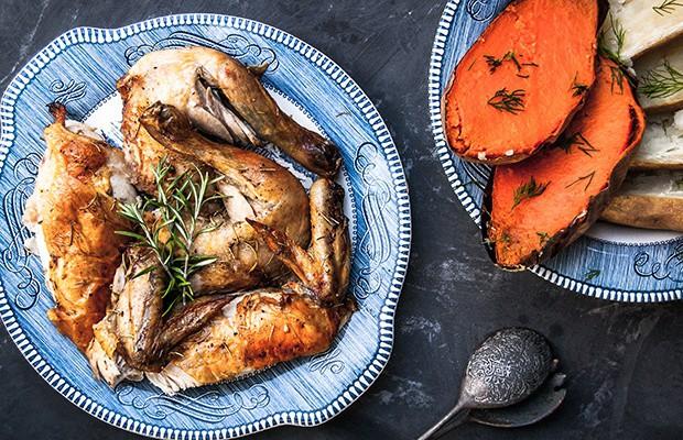 Gặp 5 biểu hiện này ở cơ thể thì bạn cần bổ sung thêm protein vào bữa ăn, nhất là những người ăn chay - Ảnh 1.