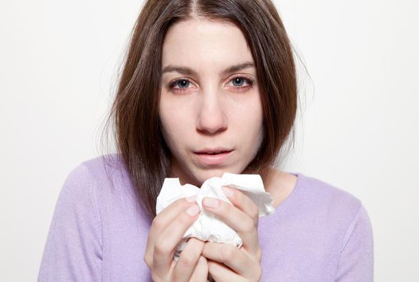 5 dấu hiệu trên mặt tố cáo bạn đang thiếu vitamin trầm trọng - Ảnh 5.