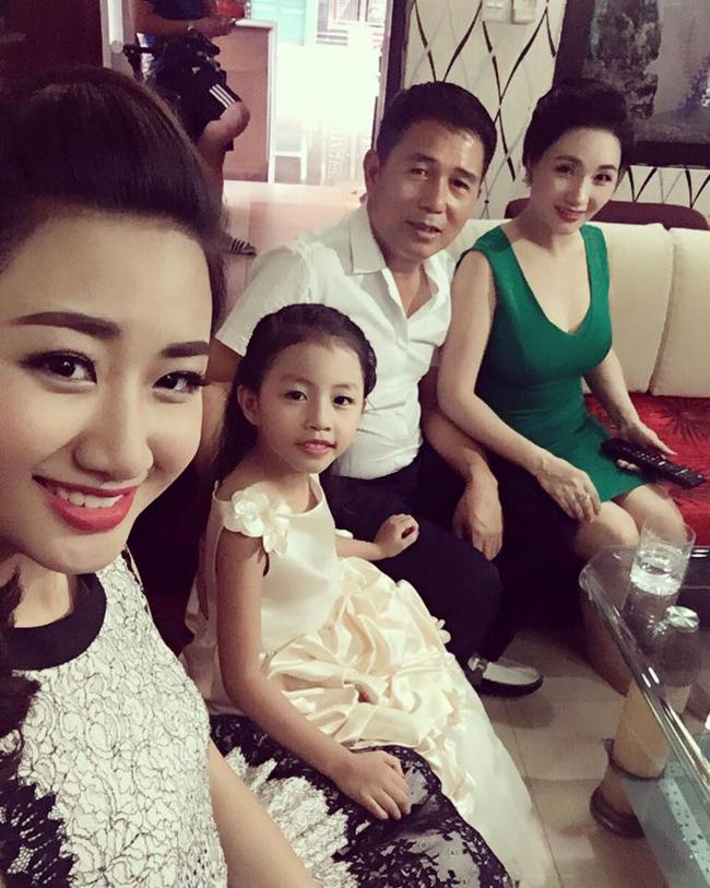 Đọ nhan sắc của mẹ ruột các Hoa hậu, Á hậu được khen là đẹp hơn cả con gái - Ảnh 21.
