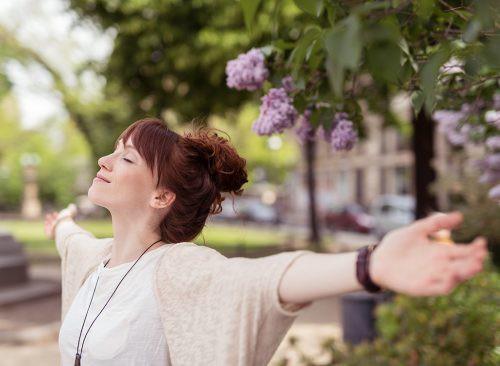 11 thay đổi trong lối sống mà bạn có thể làm ngay từ hôm nay để phòng bệnh ung thư phổi - Ảnh 1.