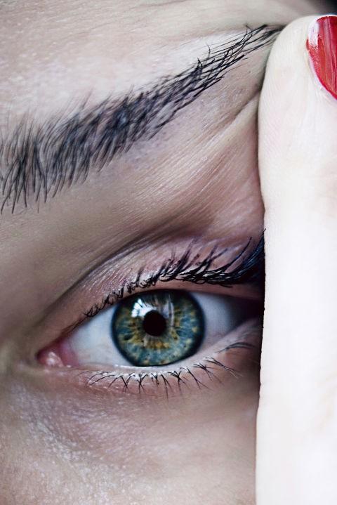Bác sĩ nhãn khoa chỉ ra những bệnh có thể nhận biết qua đôi mắt của bạn - Ảnh 2.