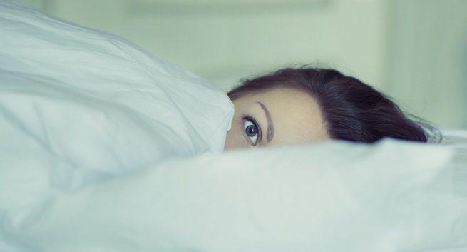 Rối loạn giấc ngủ có thể là một dấu hiệu sớm của bệnh Alzheimer - Ảnh 1.