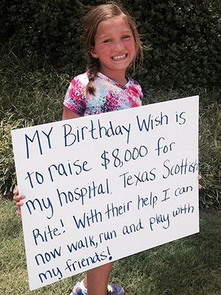 Sinh ra với đôi chân bị bẻ quặt ra phía trước, 8 năm sau, cô bé trở lại bệnh viện và khiến cho các bác sĩ tròn mắt kinh ngạc - Ảnh 6.