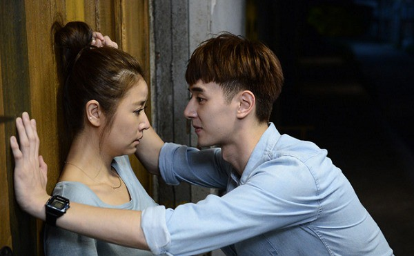 30 tuổi mới có được người đàn ông yêu thương thật lòng thì cô gái lại bị ngáng đường bởi nhân vật không ngờ - Ảnh 1.