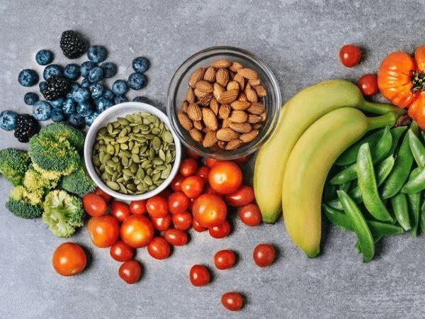 Giảm nồng độ cholesterol trong cơ thể không khó nếu bạn biết áp dụng những chế độ ăn này - Ảnh 3.
