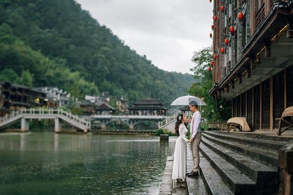 Nhờ chăm chỉ chơi game mà cặp đôi này khởi đầu từ số 0 đến bộ ảnh Phượng Hoàng cổ trấn đẹp mê người - Ảnh 5.