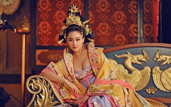 Học được vài bí thuật phòng the đơn giản này của mỹ nhân Trung Hoa xưa là đủ để chồng say như điếu đổ rồi - Ảnh 1.