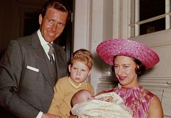 Không phải Công nương Diana, đây mới là người phụ nữ có cuộc hôn nhân gây chấn động Hoàng gia Anh  - Ảnh 2.