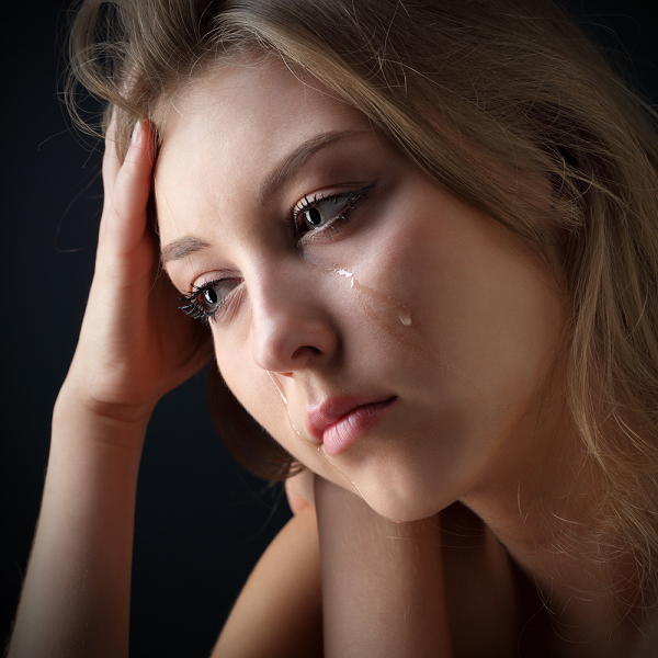 Ngày chồng mất, mẹ chồng chửi tôi máu lạnh, vậy mà sau đó bà lại phải xin sự tha thứ từ tôi - Ảnh 1.