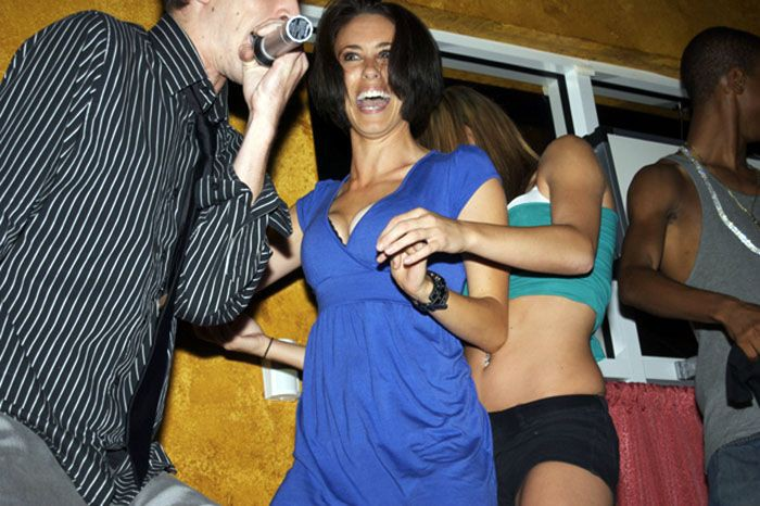 casey-anthony-dancing-partying-3