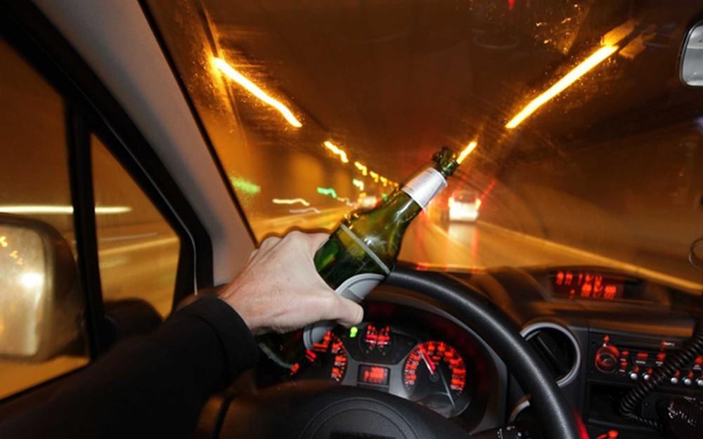 Từ vụ việc nữ tài xế lái BMW uống rượu trước khi tông xe liên hoàn và lời cảnh tỉnh của chuyên gia