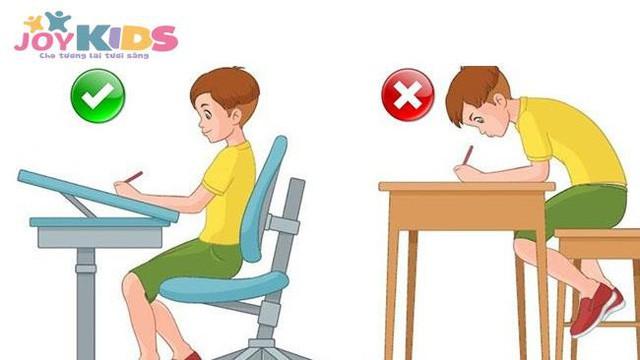 Bàn ghế thông minh - giải pháp chống gù, chống cận cho trẻ hiệu quả - Ảnh 2.