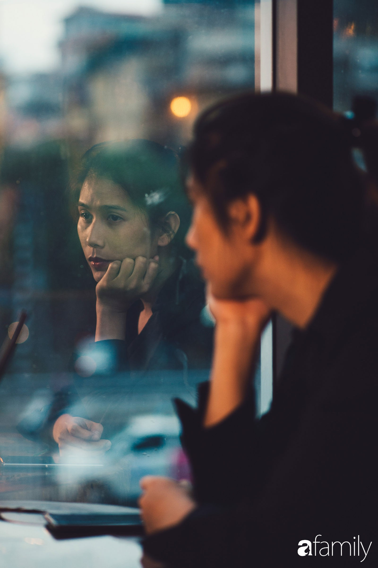 """""""Đi tìm Phong"""" nghe những vụn vỡ còn lại từ cuộc tình 6 năm: Thà cô đơn chứ không chấp nhận... chung chồng - Ảnh 8."""