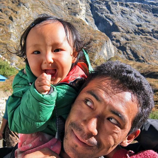 Ngắm những khoảnh khắc đáng yêu của bố và con gái mới thấy không ai chiều con như các ông bố - Ảnh 14.