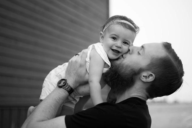 Ngắm những khoảnh khắc đáng yêu của bố và con gái mới thấy không ai chiều con như các ông bố - Ảnh 15.