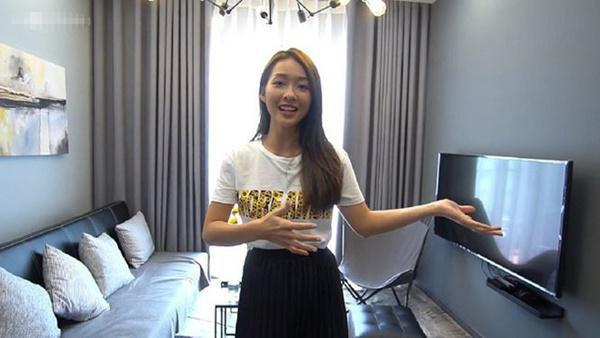 Căn hộ xinh xắn tự thiết kế của nữ diễn viên Hậu duệ mặt trời phiên bản Việt - Ảnh 1.