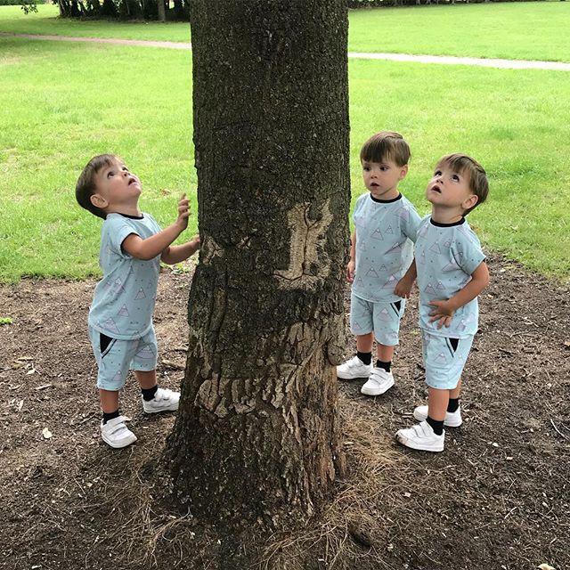 Hiếm thấy: Cặp sinh ba tự nhiên cùng gen, giống nhau như 3 giọt nước, đến bố mẹ cũng khó phân biệt - Ảnh 13.