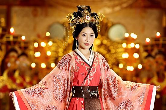 Chỉ với chiêu đánh ghen câm lặng đến chết, vị Hoàng hậu này đã cùng đưa cả Hoàng đế và tình địch xuống cửu tuyền - Ảnh 5.