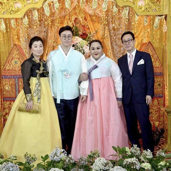 Chuyện tình cặp đôi đũa lệch bị cả thế giới quay lưng nhưng ngày cưới lại được cả Tổng thống đến dự - Ảnh 6.