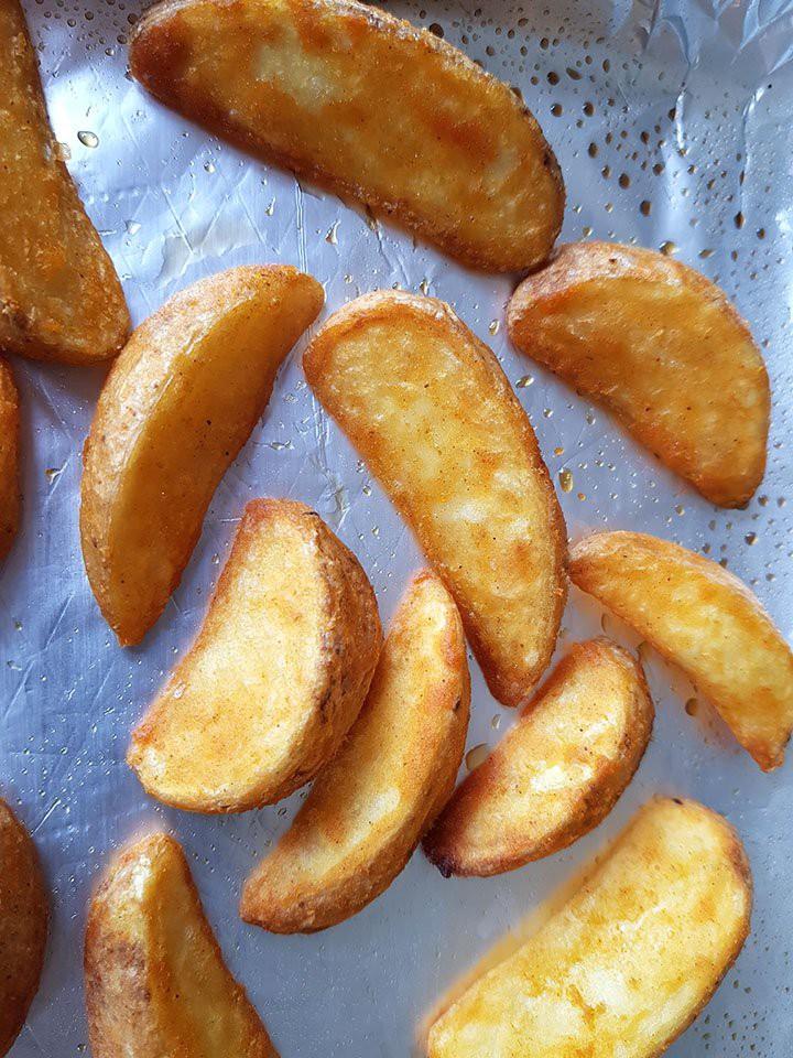 Muốn có khoai tây nướng vàng ngon thơm phức bạn không thể bỏ qua bài viết này - Ảnh 3.