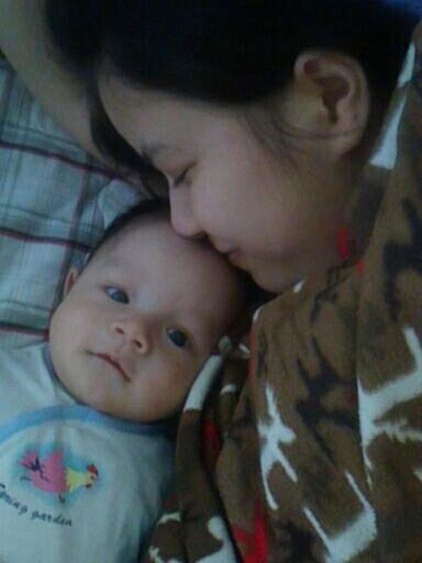 Ký ức khó quên của mẹ Hà Nội: 8 ngày sau sinh mổ, máu chảy ròng ròng, bác sĩ chỉ định mổ lại lần nữa - Ảnh 3.