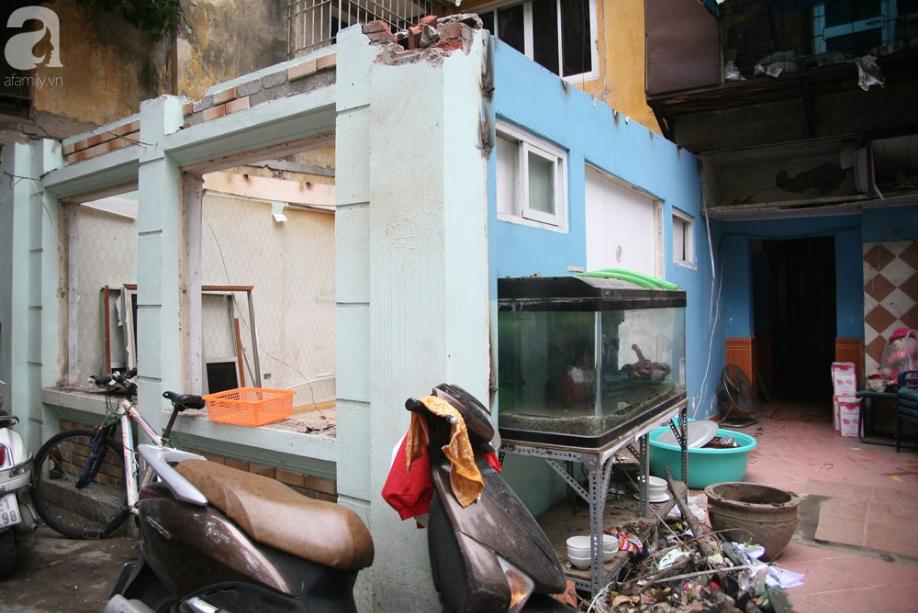 Mục sở thị chung cư ghê rợn nhất Thủ đô trước ngày biến mất - Ảnh 11.