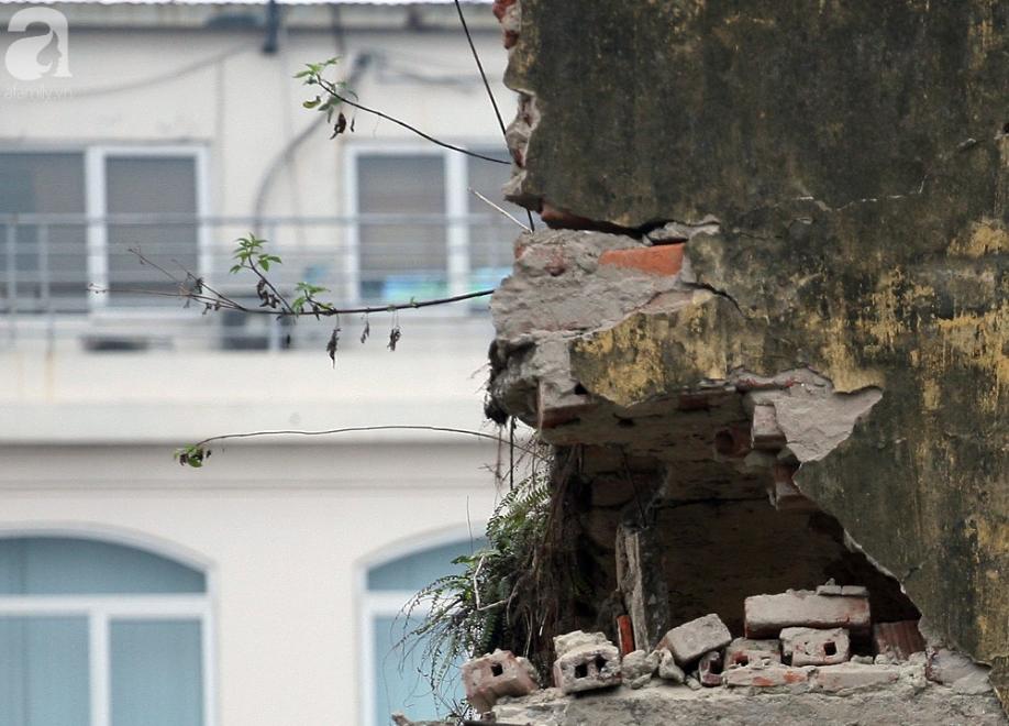Mục sở thị chung cư ghê rợn nhất Thủ đô trước ngày biến mất - Ảnh 3.