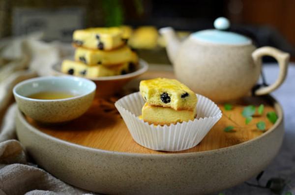 Cuối tuần trổ tài làm bánh quy nho khô giòn thơm cho bé ăn vặt trong tuần - Ảnh 8.