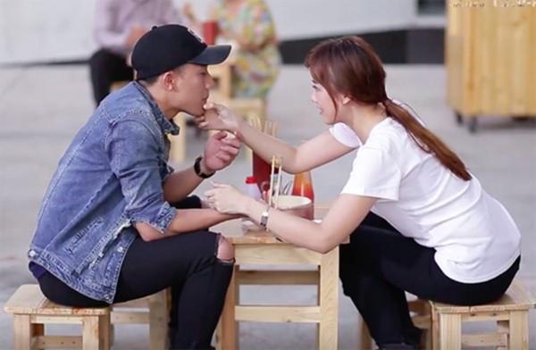 Các sao Việt liên tục bị đặt nghi vấn hẹn hò: người dũng cảm thừa nhận - người chờ mãi chẳng chịu khai - Ảnh 17.