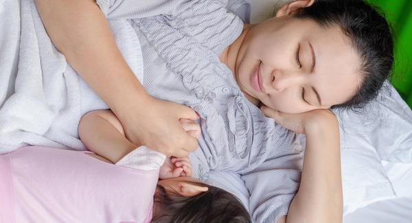 Những sai lầm khi luyện ngủ cho con khiến mẹ luyện mãi vẫn thất bại thảm hại - Ảnh 1.