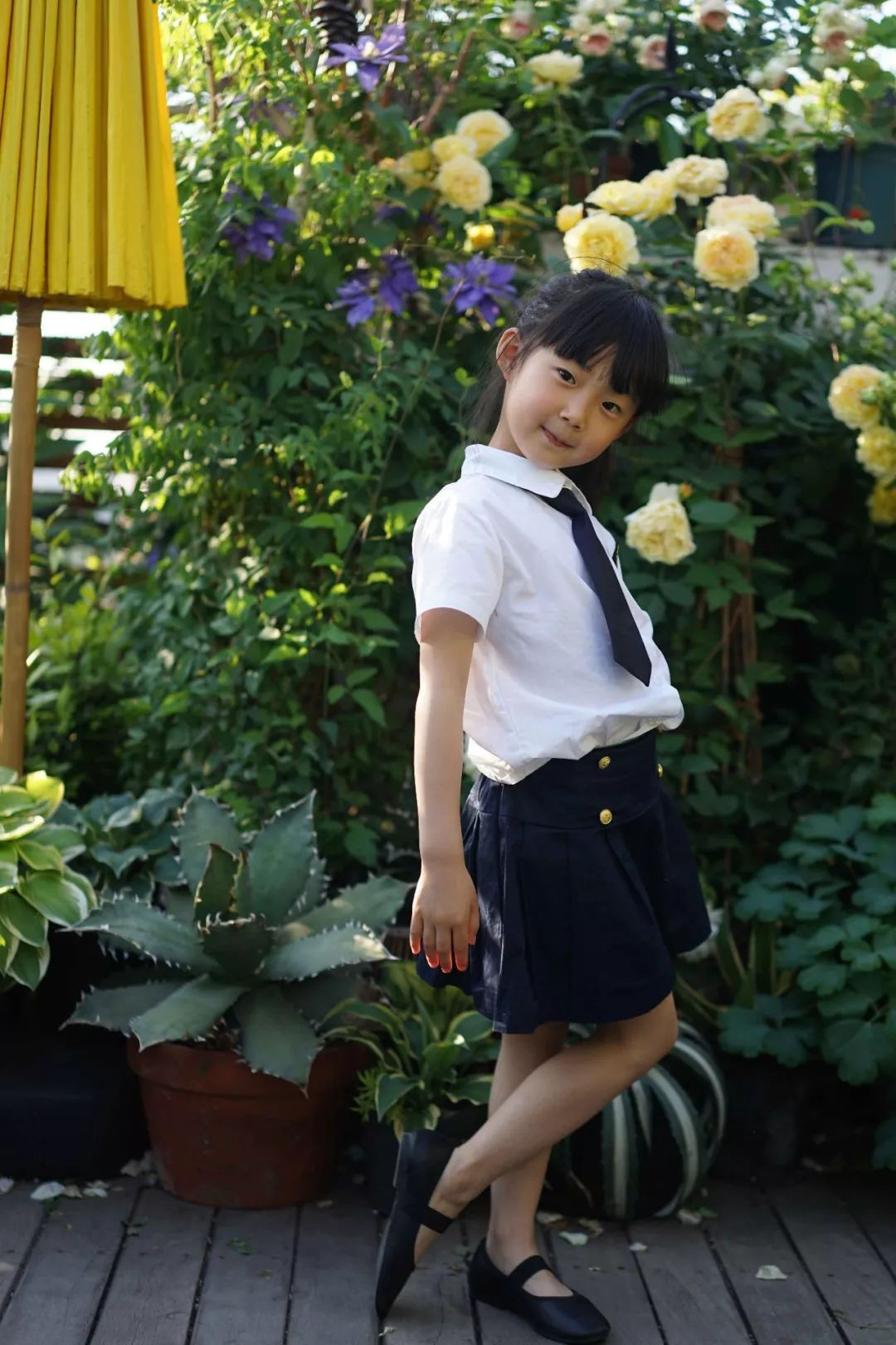khu-vuon-co-tich-cua-me-va-con-gai-25-15407979699471417473735