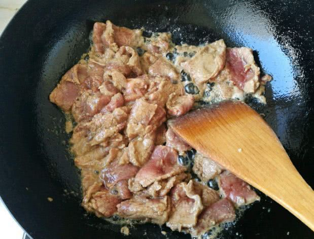 Từ khi học được bí quyết của đầu bếp Mỹ, món thịt bò xào của tôi lúc nào cũng mềm tan, thơm ngon bất bại - Ảnh 4.