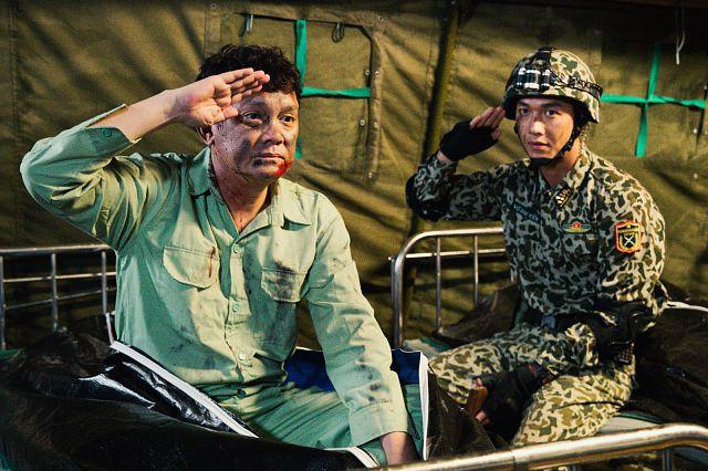 Hậu duệ mặt trời bản Việt: Bộ phim remake hứng chịu nhiều thị phi và gây tranh cãi nhất màn ảnh Việt - Ảnh 14.