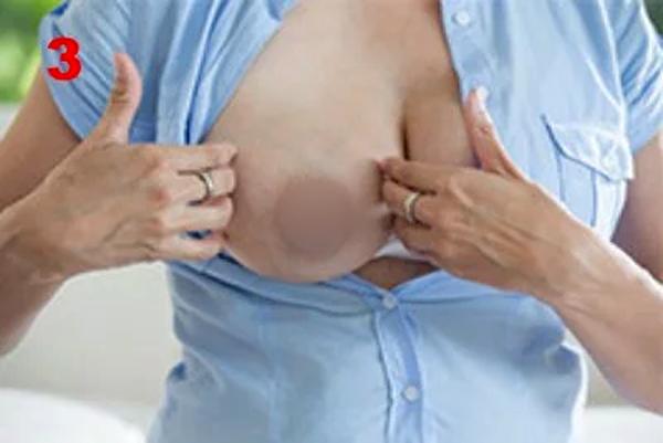 5 bước massage đánh bay tắc sữa mọi bà mẹ nuôi con bằng sữa mẹ cần biết - Ảnh 4.