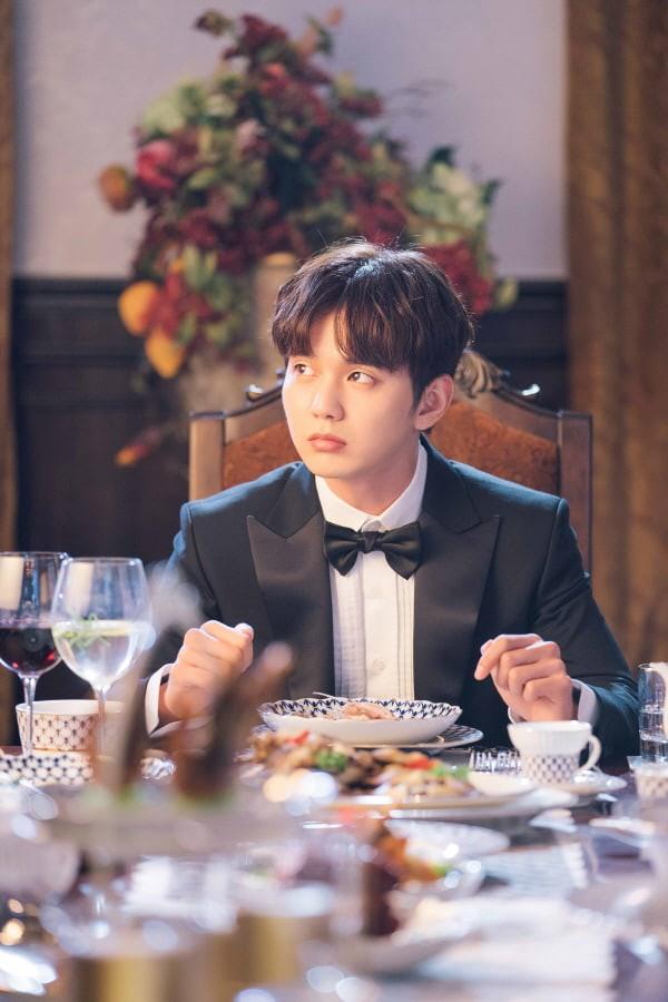 Yoo Seung Ho lại đốn tim fan khi trưng ra loạt biểu cảm đáng yêu thế này - Ảnh 2.