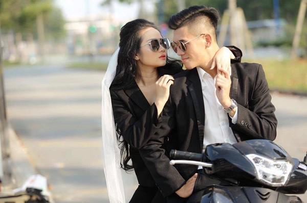 Không ngờ chàng tiền đạo Tiến Linh ghi bàn thắng đầu tiên cho Việt Nam hôm nay lại ngôn tình với bạn gái thế này - Ảnh 5.
