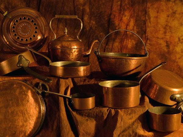 Sử dụng đồ dùng bằng kim loại để đựng đồ ăn đem lại cho bạn những lợi ích gì? - Ảnh 4.