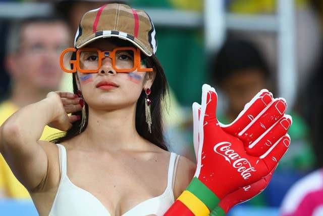 Đạo diễn Lê Hoàng lại gây sốt khi bóng gió: Con gái muốn được trai chú ý hãy mặc đồ bó đi xem bóng đá - Ảnh 5.
