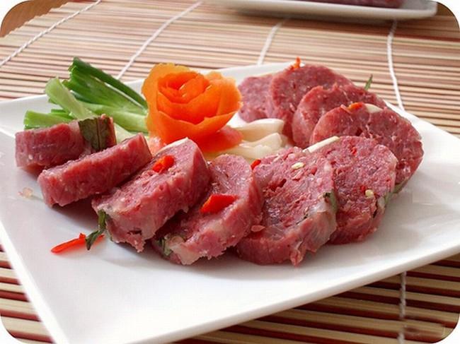 Đâu chỉ riêng thịt lợn gạo, những kiểu ăn uống này cũng dễ khiến bạn bị cả búi sán làm tổ trong người! - Ảnh 4.