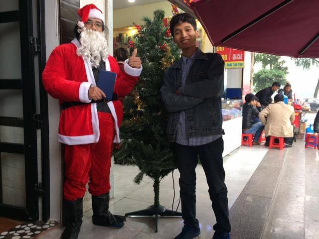 """Có nên thuê """"dịch vụ ông già Noel """" tặng quà cho con trẻ? - Ảnh 4."""