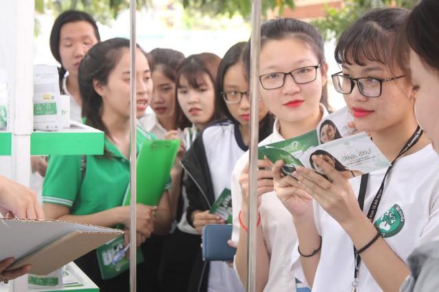 """Những nguyên nhân chính khiến sinh viên Việt """"khổ"""" vì mụn - Ảnh 9."""