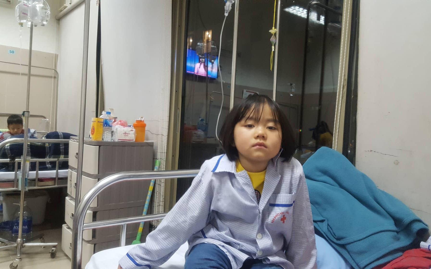 Câu hỏi nhói lòng của bé gái 6 tuổi mắc bệnh ung thư máu:
