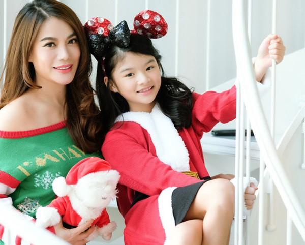Ngắm loạt nhóc tỳ nhà sao Việt cực dễ thương trong loạt ảnh Giáng sinh, bất ngờ nhất là cô tiểu thư này - Ảnh 8.